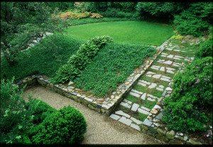 2a71c1ed01faa01e_1439-w660-h455-b0-p0--traditional-landscape