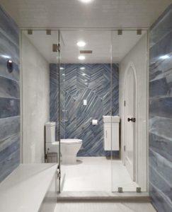 bath with wood-style tiles