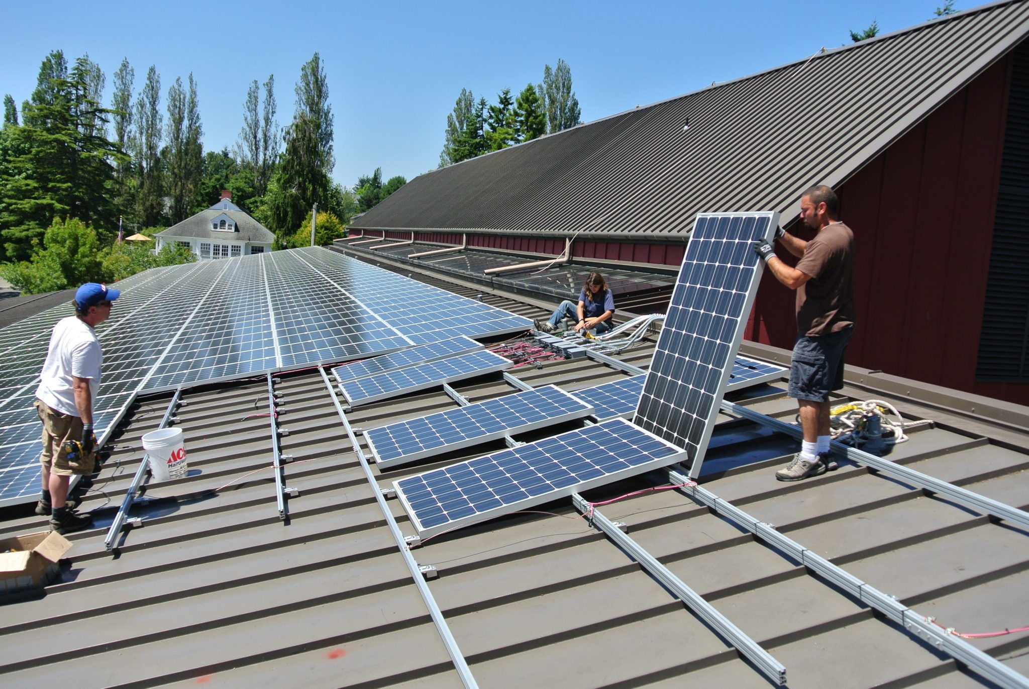 Solar Panels And Metal Roof Systems Katahdin Cedar Log Homes