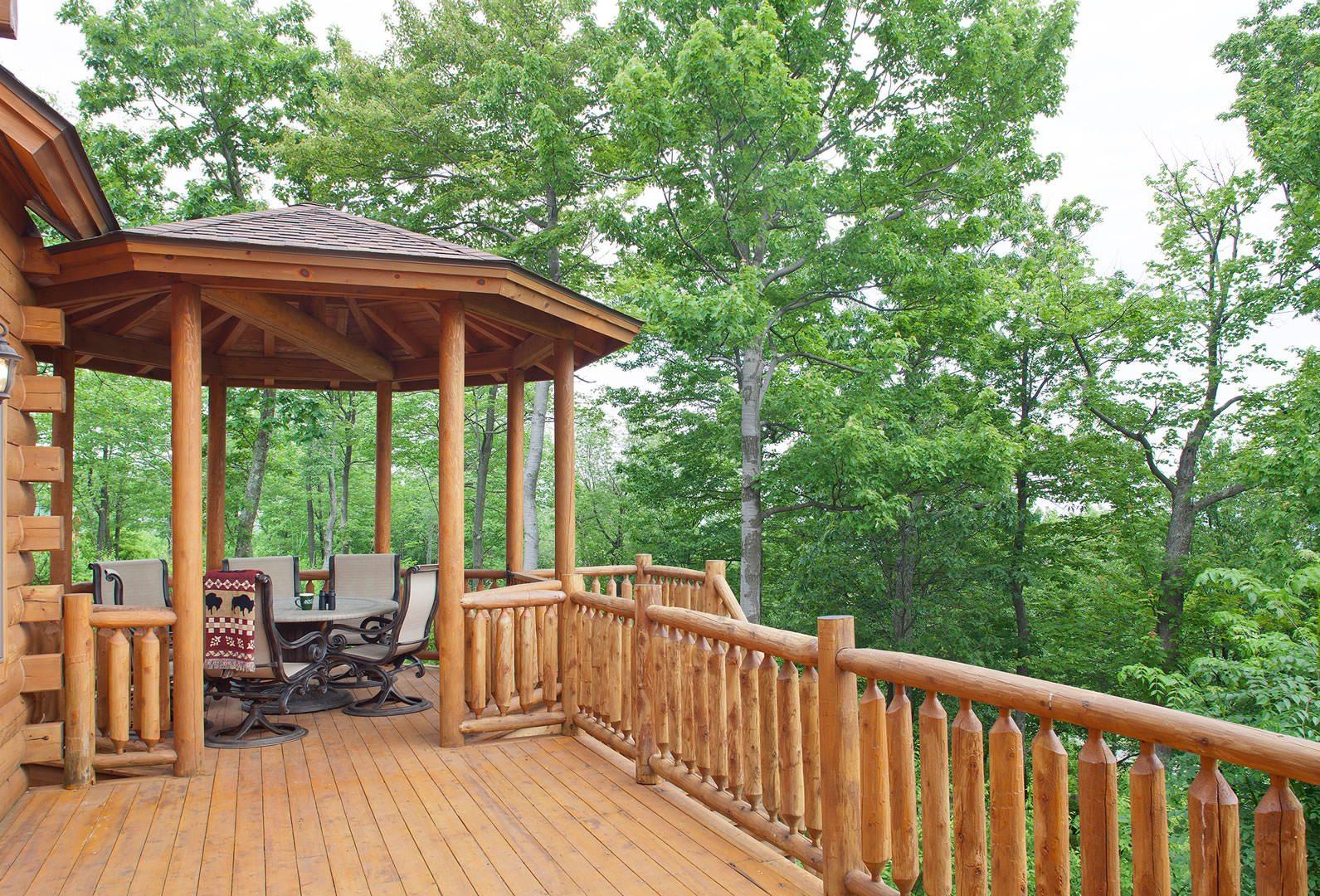 Lakeview cedar log home floor plan katahdin house plans for Cedar cabin floor plans
