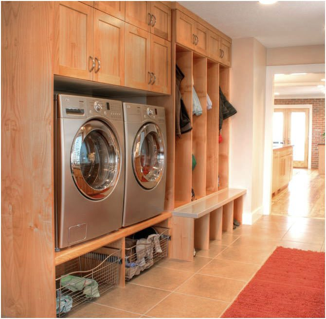 Multipurpose mudroom area first floor laundry room ideas - Laundry room floor plans ...
