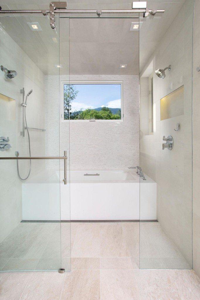 NKBA_Bath2015-Shower-Light_Anne-Grice_6.jpg.rend.hgtvcom.1280.1920 ...